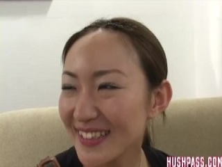 Tanlined asian masseuse jacking off client