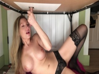 Beauty plays along with her pussy
